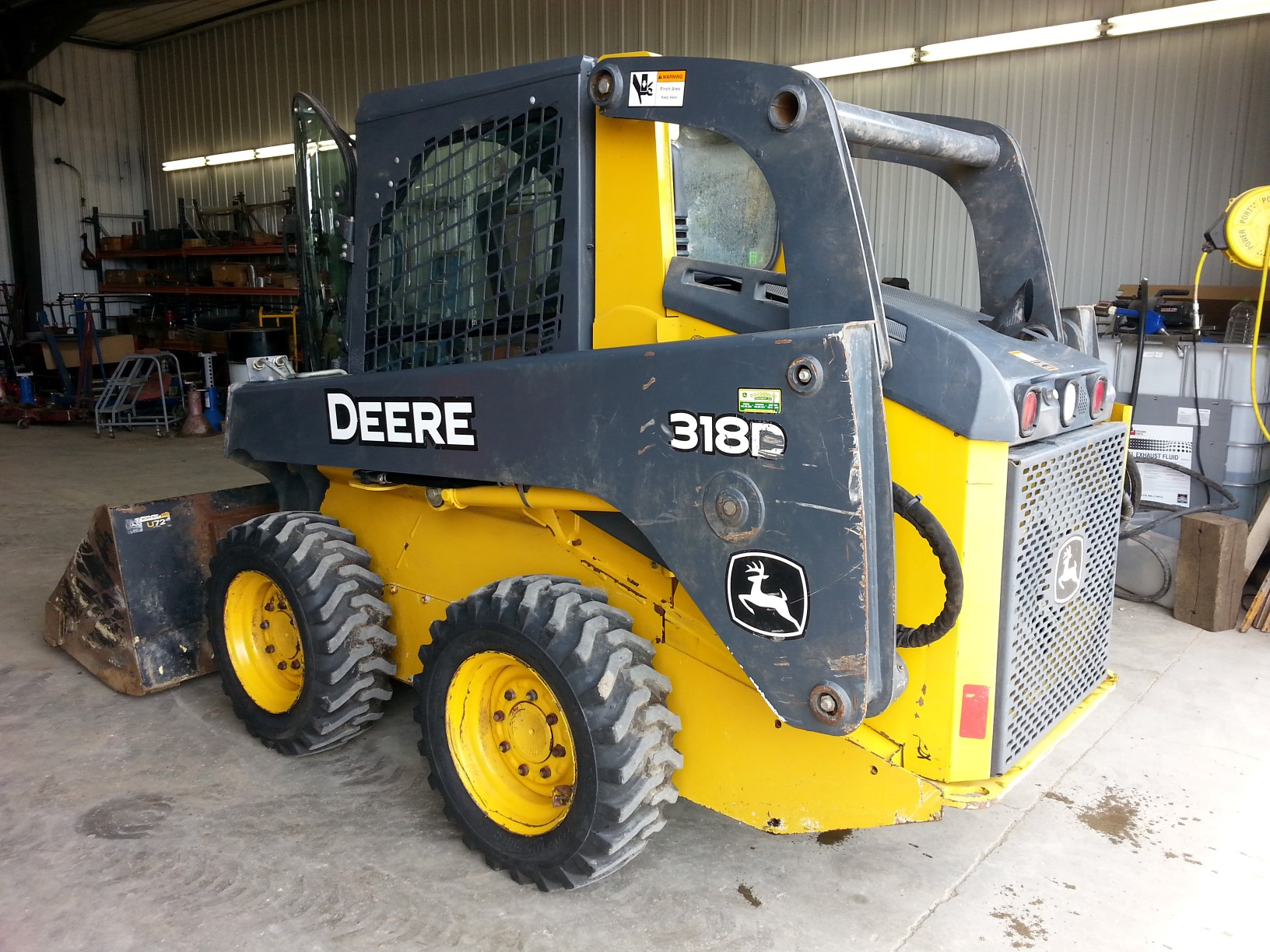 2010 John Deere 318D Skid Steer Loader