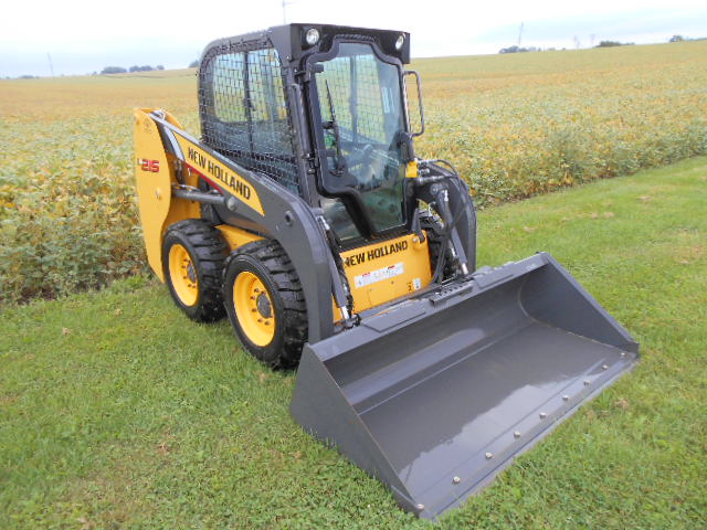 2012 New Holland L215 Skid Steer Loader