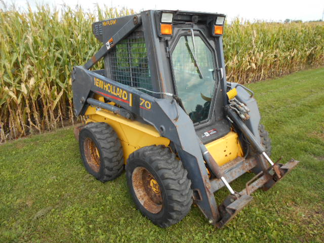 2001 New Holland LS170 Skid Steer Loader