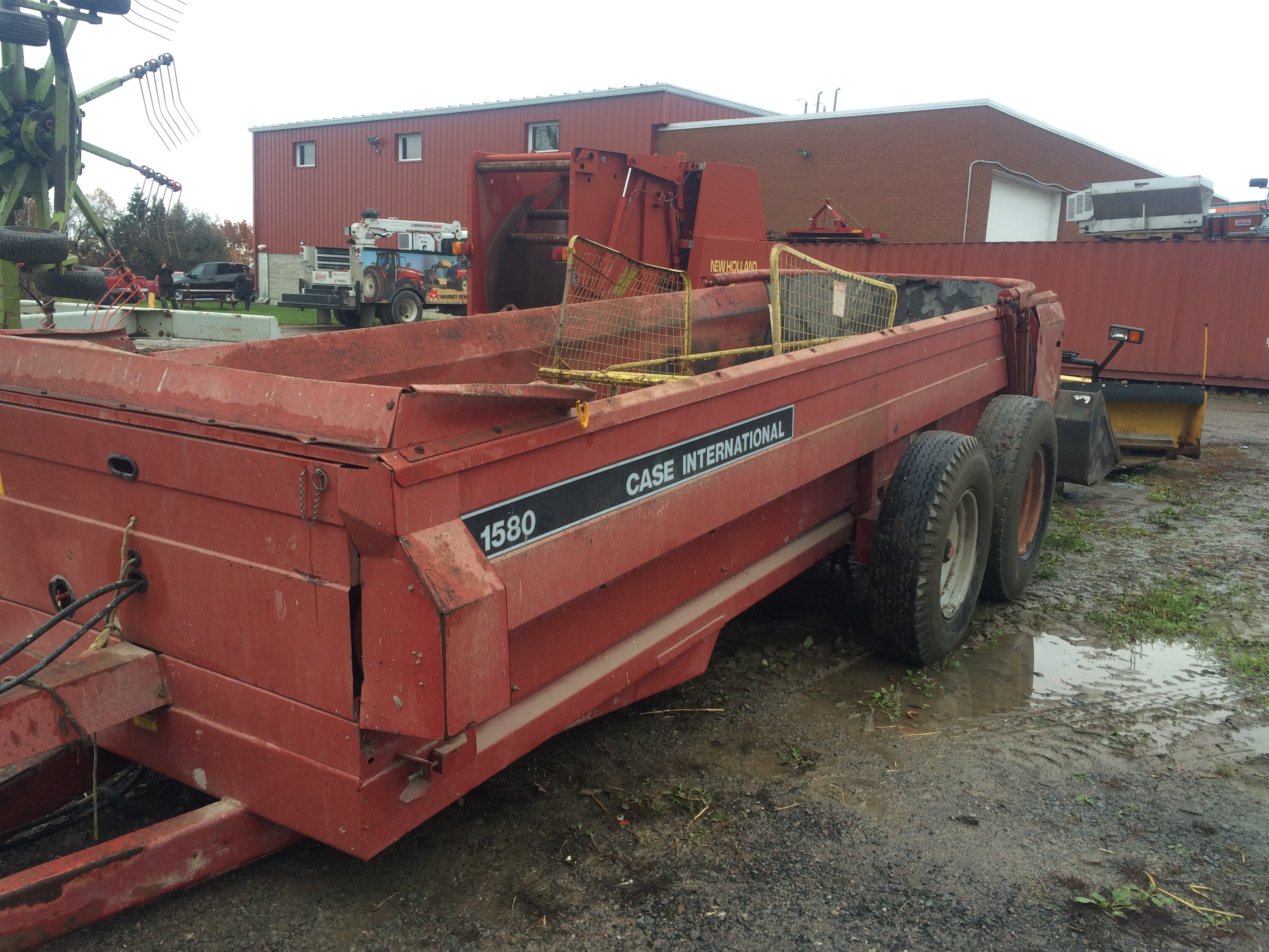 Ih Manure Spreader : Case ih manure spreader iron search