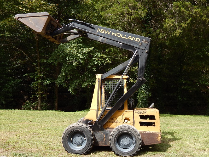 1993 New Holland L555 Skid Steer Loader