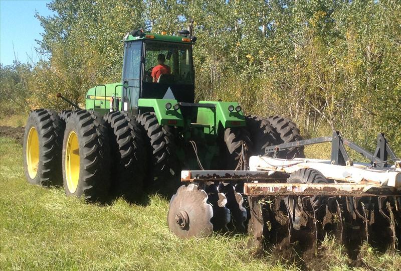 1993 John Deere 8870 Tractor 4WD