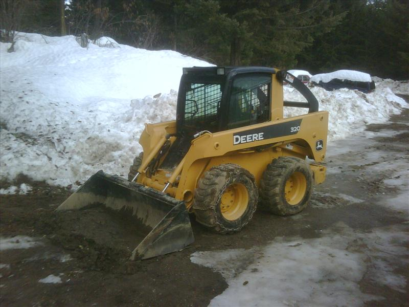 2004 John Deere 320 Skid Steer Loader