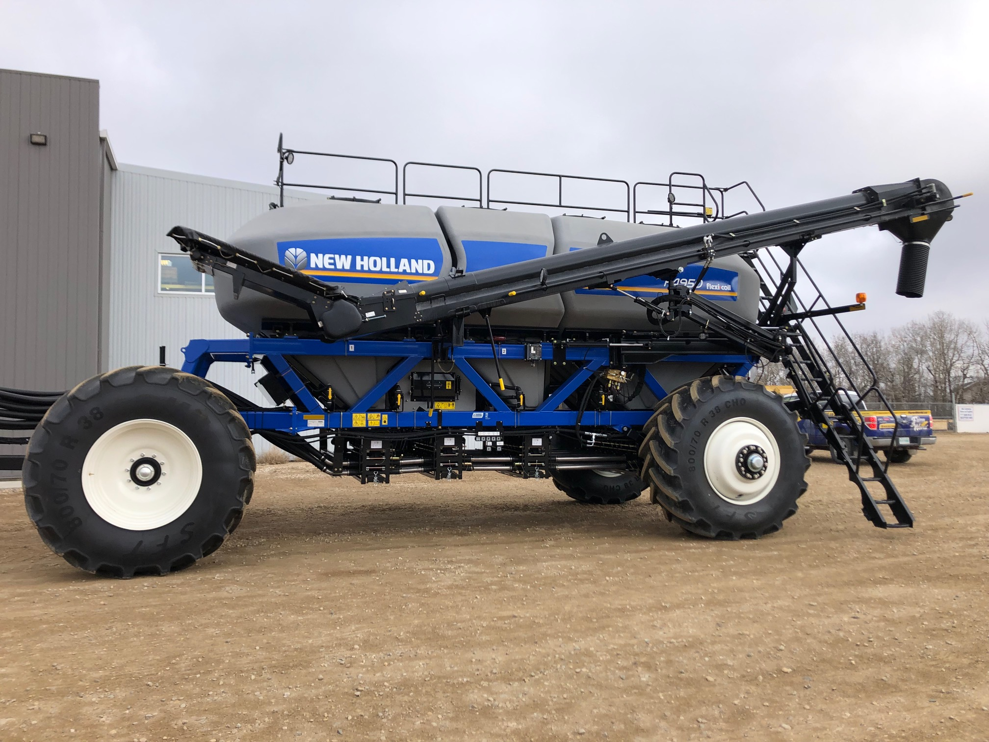 2019 New Holland P4950 Air Tank Cart For Sale In Humboldt