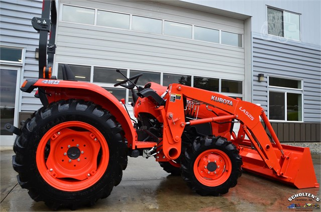 2018 Kubota L3301 Tractor Compact for sale in Lynden, WA
