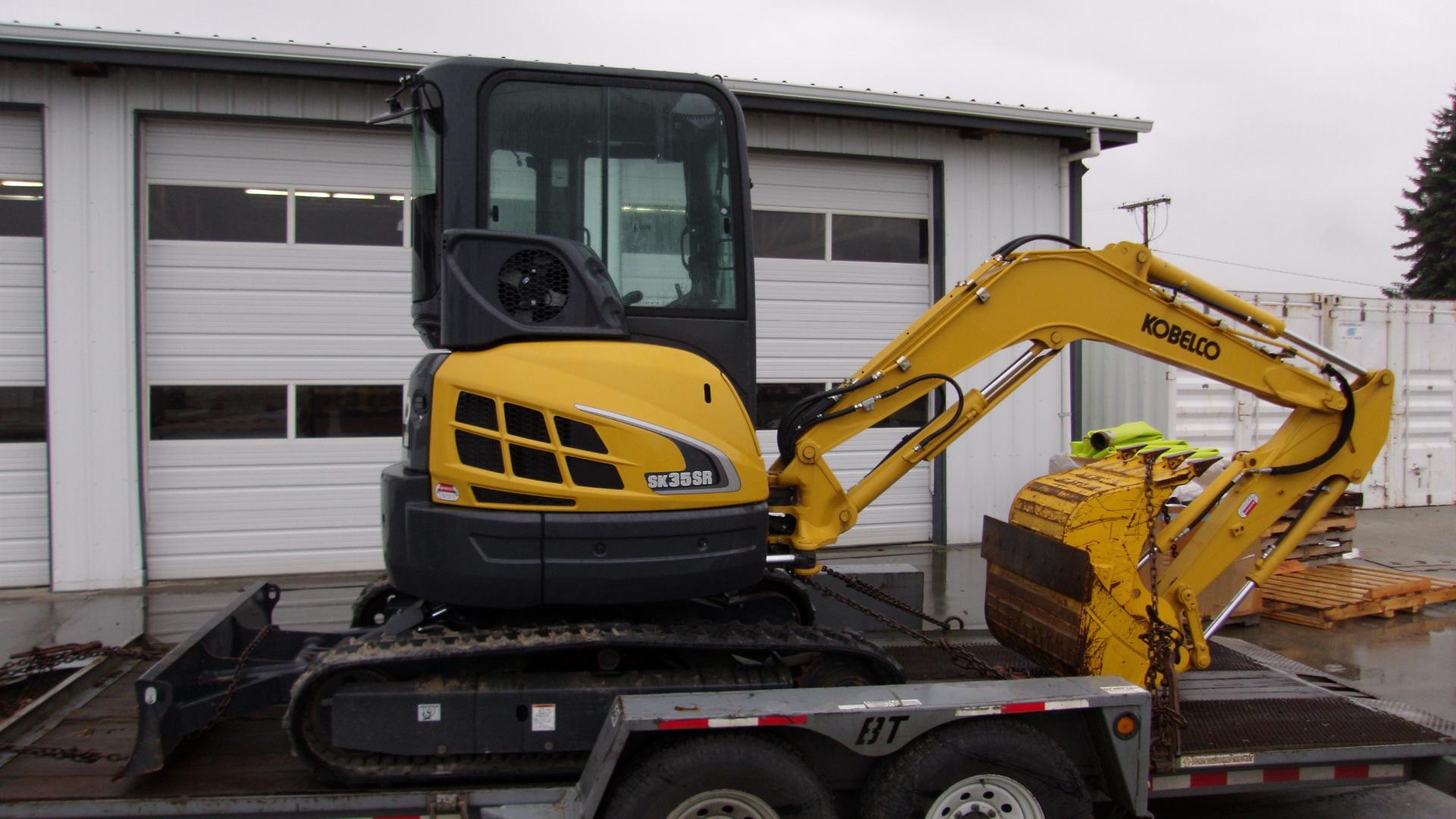 2013 Kobelco SK35SR-5 Excavator Mini for sale in Lynden , WA