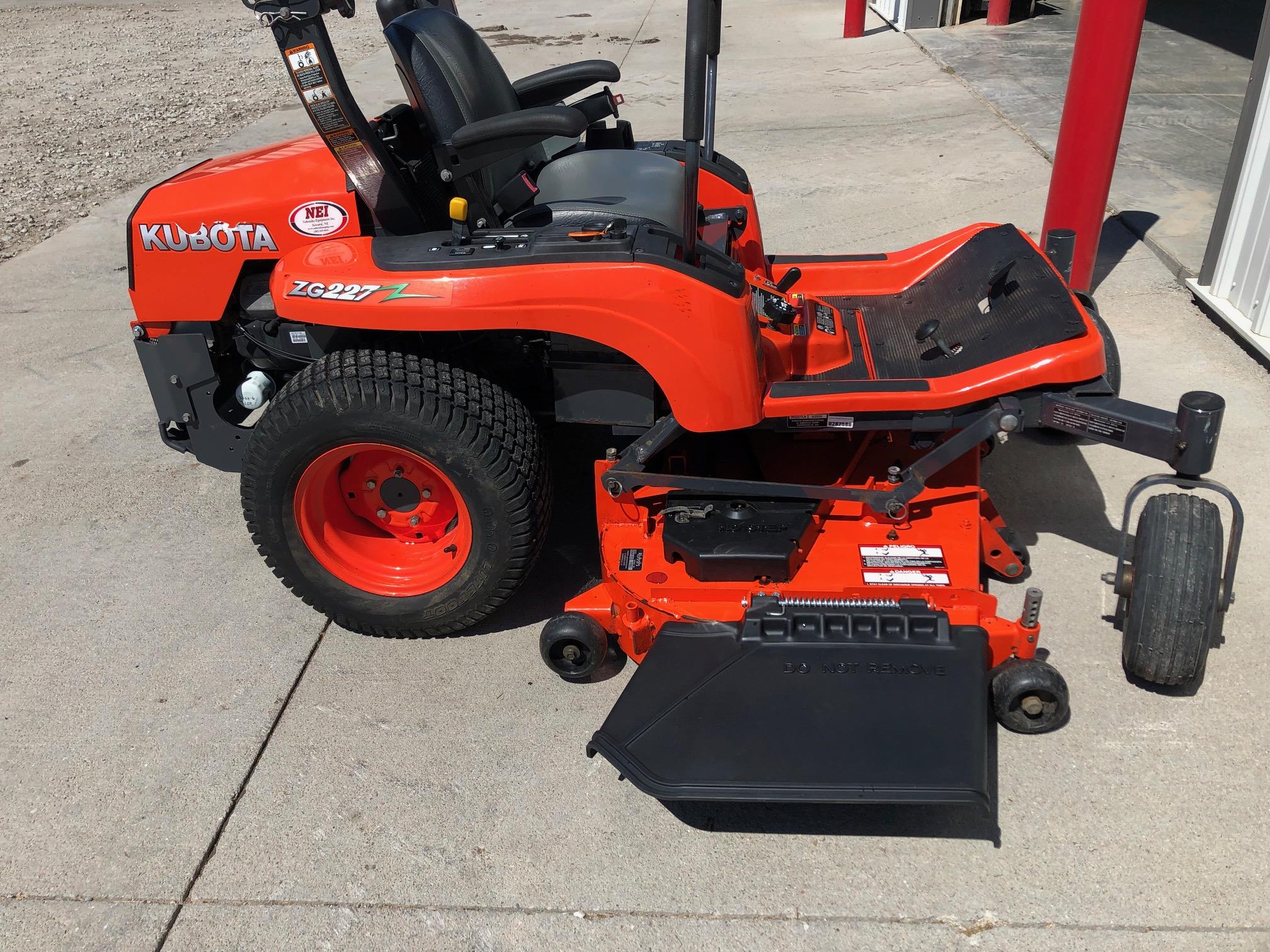 2015 Kubota ZG227 Mower/Zero Turn for sale in Seward, NE