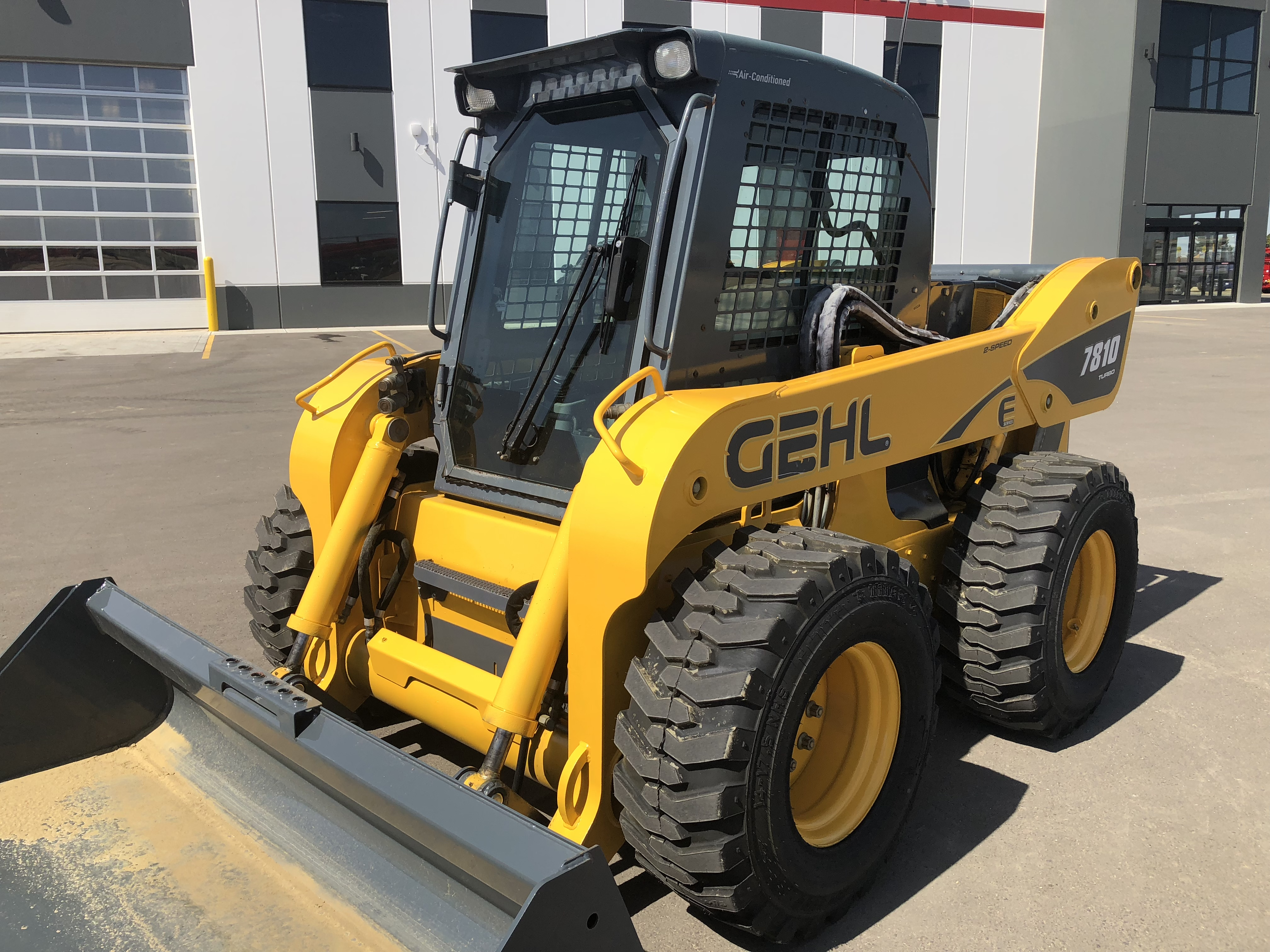 2007 Gehl 7810e Skid Steer Loader For Sale In Lacombe Ab Ironsearch
