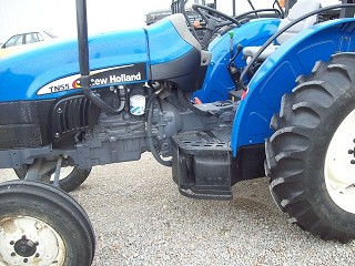 2000 New Holland TN55 Tractor for sale in Seaman, OH | IronSearch