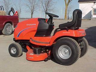 2005 Simplicity Broadmoor Garden Tractor for sale in Almonte