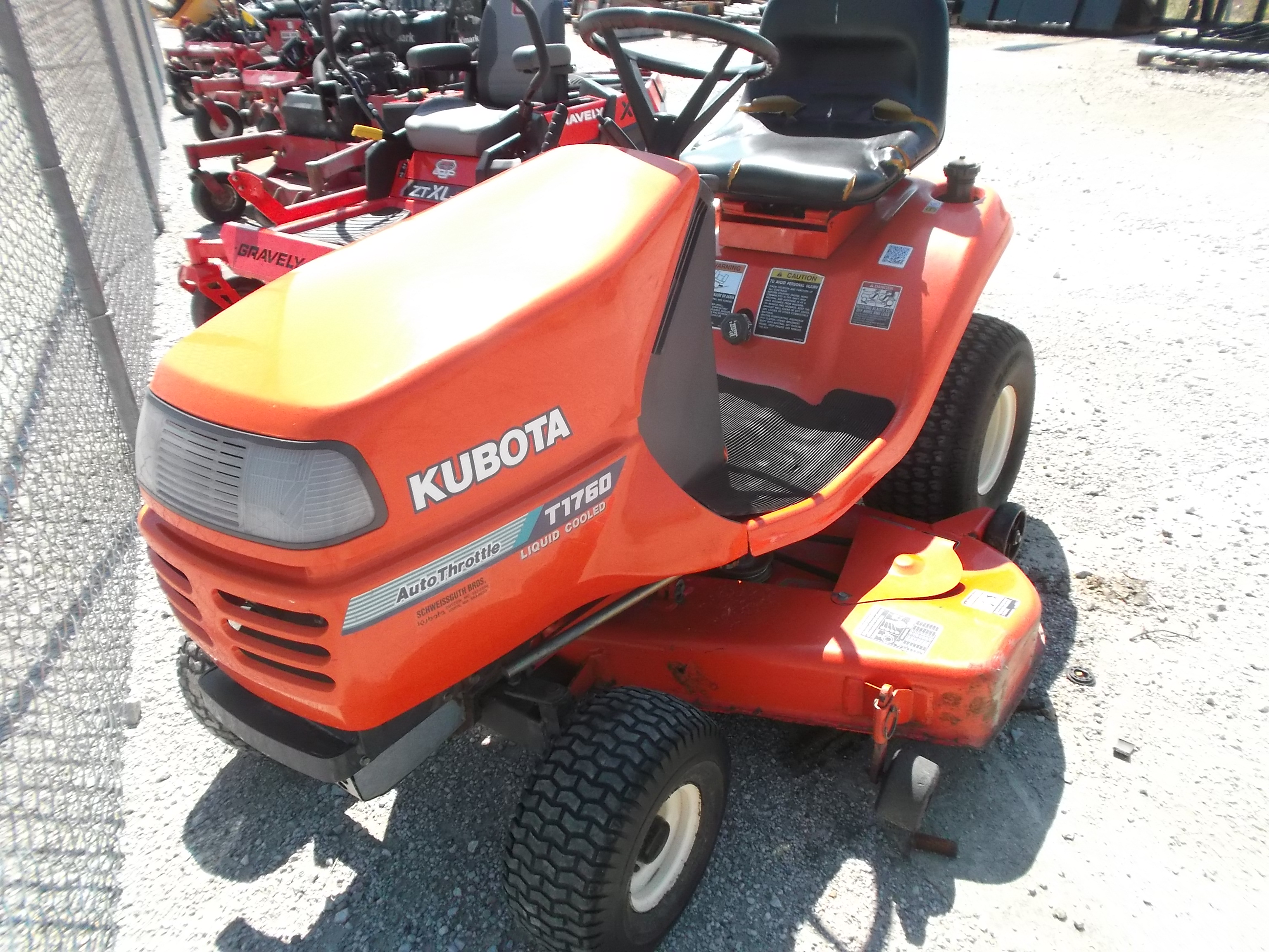 1996 Kubota T1760 Lawn Tractor for sale in Hamel, IL | IronSearch
