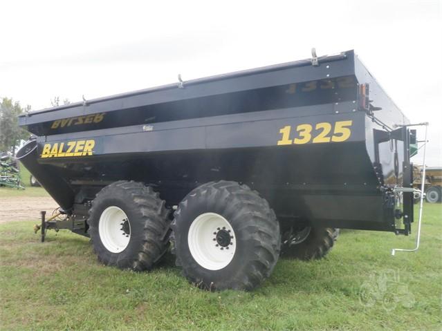2013 Balzer 1325 Grain Cart for sale in Fargo, ND | IronSearch