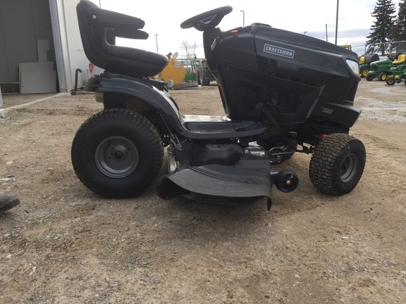 2015 Craftsman T3600 Garden Tractor for sale in Alliston, ON
