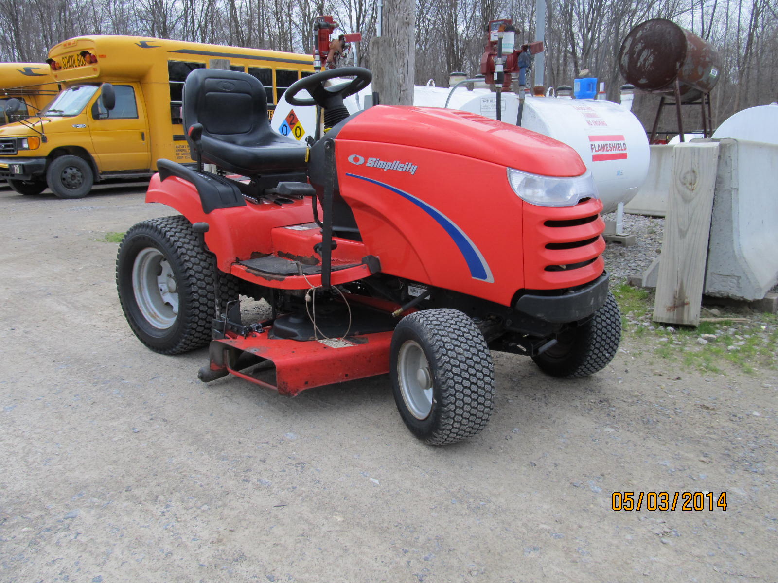 Simplicity CONQUEST 16H Garden Tractor for sale in Hermitage, PA