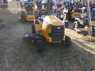 2015 Cub Cadet XT1 LT50 Mower/Riding for sale in Granbury , TX