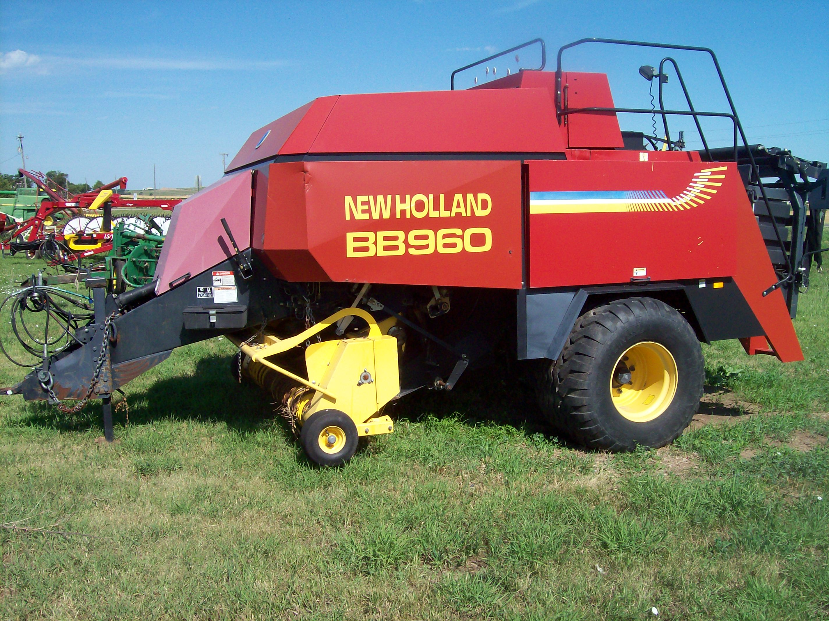 New Holland 275 Baler/Square for sale in Coopersville, MI