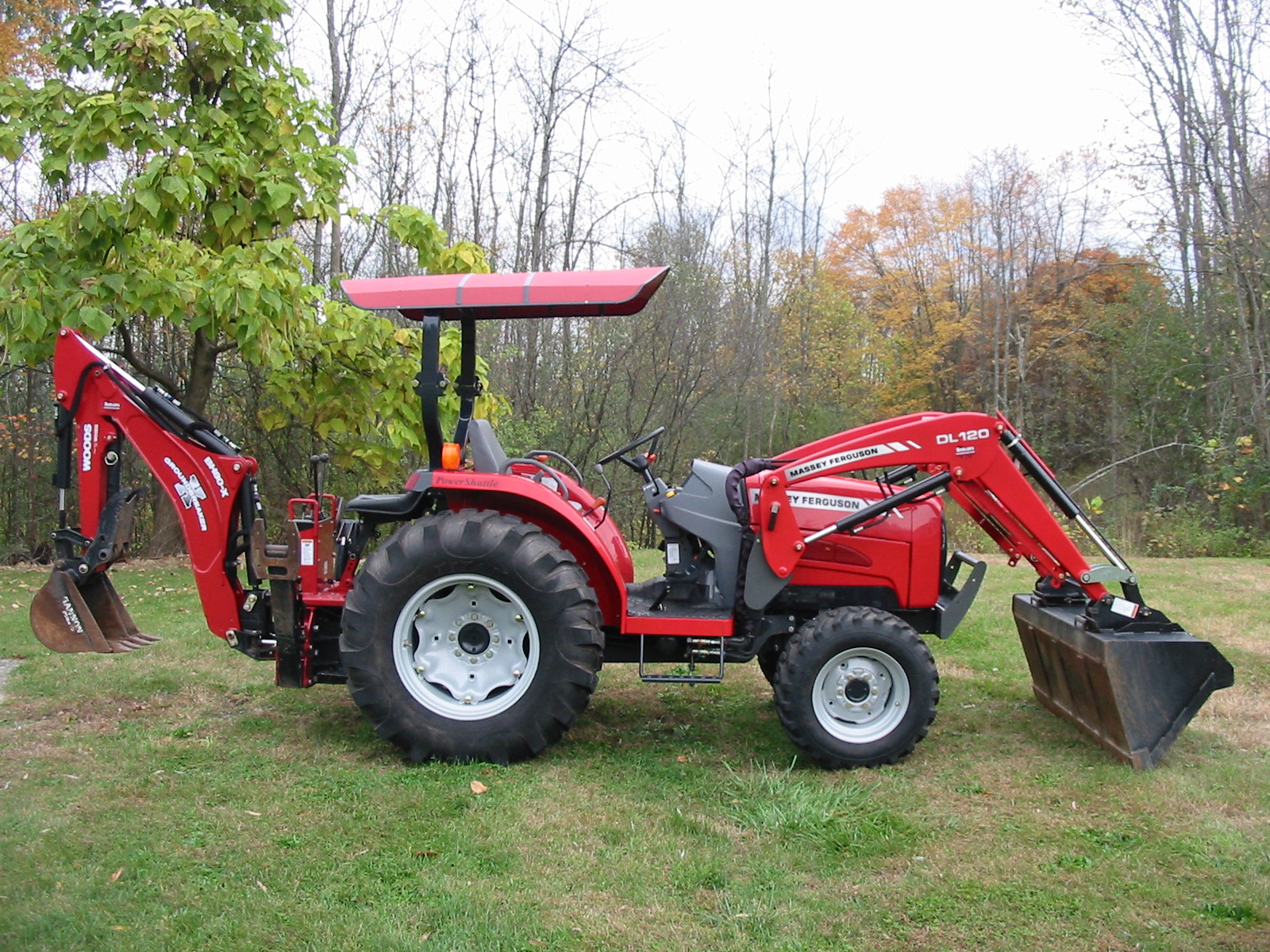 2009 Massey Ferguson 1540 Tractor Loader Backhoe for sale in