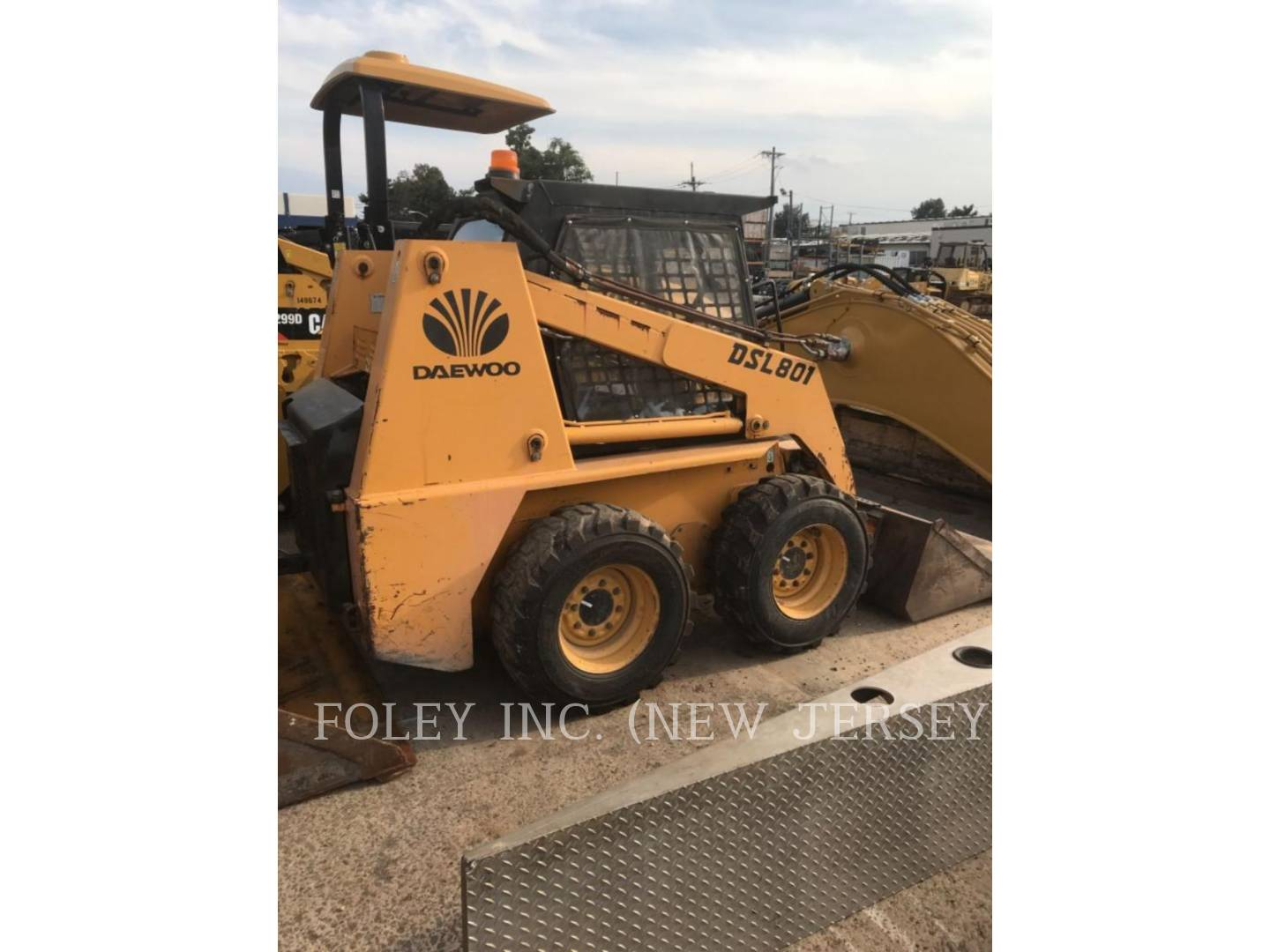 1998 Daewoo DSL801 Skid Steer Loader for sale in PISCATAWAY, NJ
