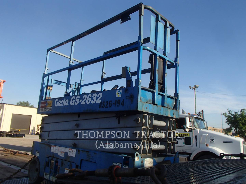 2013 Genie 26' ELECTRIC SCISSOR LIFT Lift Truck for sale in