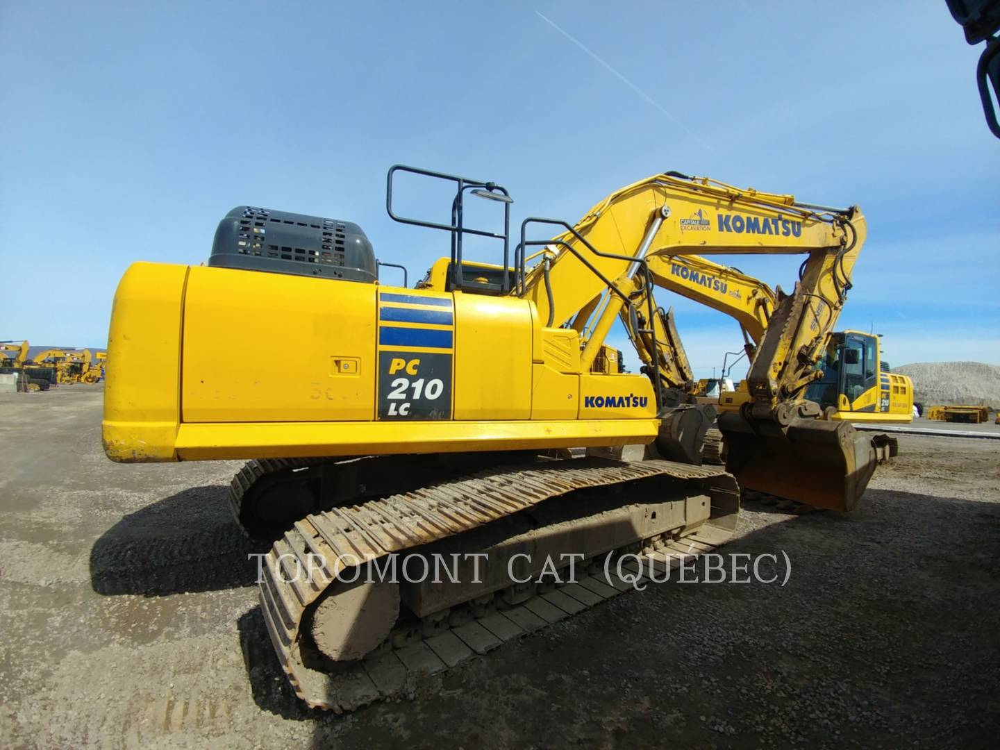 2016 Komatsu PC210LC Excavator for sale in POINTE CLAIRE, QC